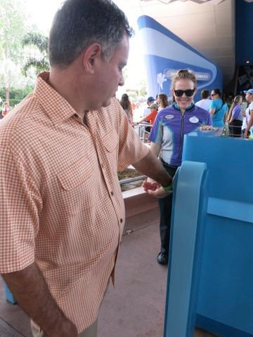 Using a FP+ reservation to ride Spaceship Earth, just tap your band and go