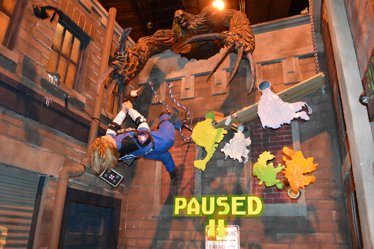 HHN_RE_Paused