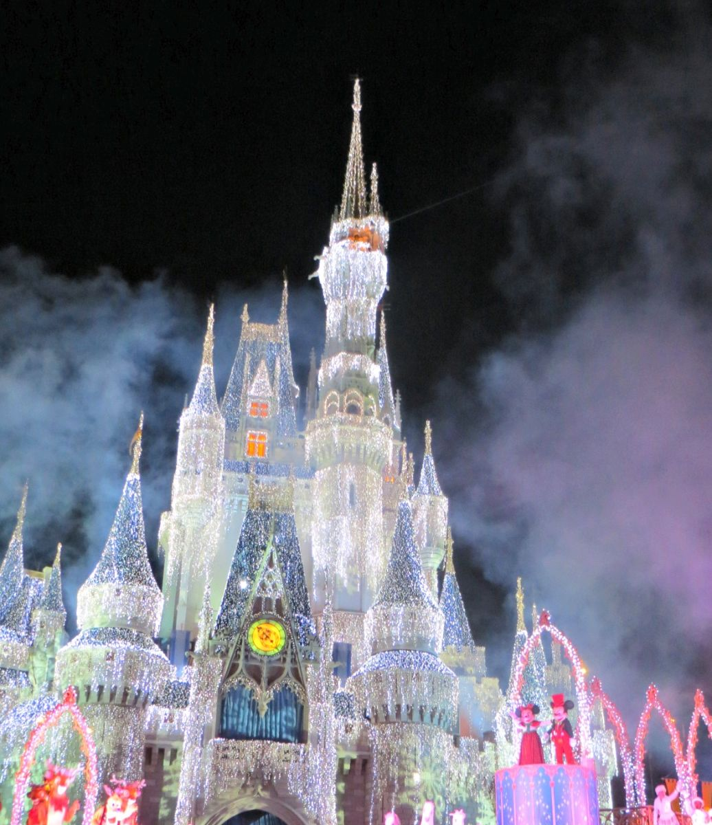 Celebrate the Season at Mickey's Very Merry Christmas Party