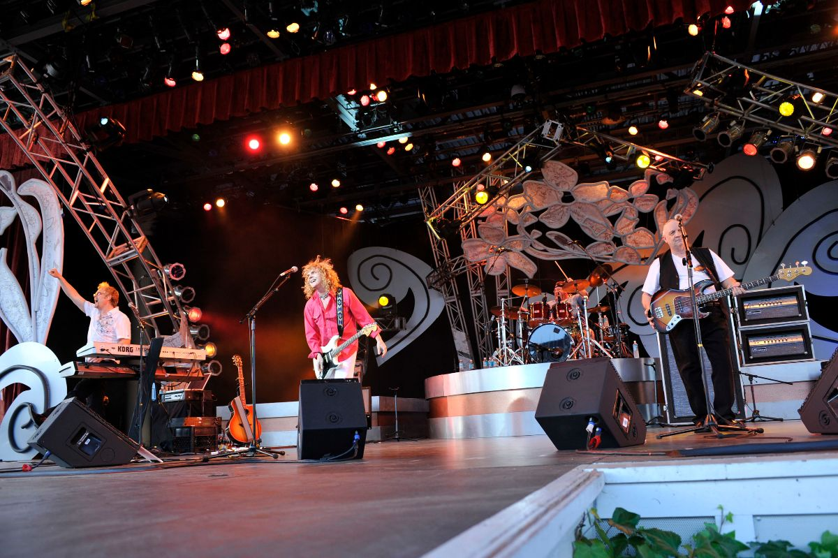 Flower Power Concert Series at Epcot Flower and Garden Festival