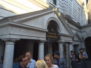 Gringotts Queue