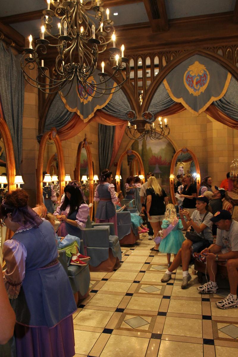 Disney World Bibbidi Bobbidi Boutique Touringplans Com