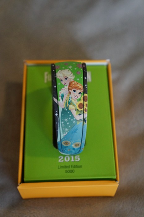 The limited-edition Anna and Elsa MagicBand, available at Epcot's 2015 International Flower and Garden festival. (Photo by Julia Mascardo)
