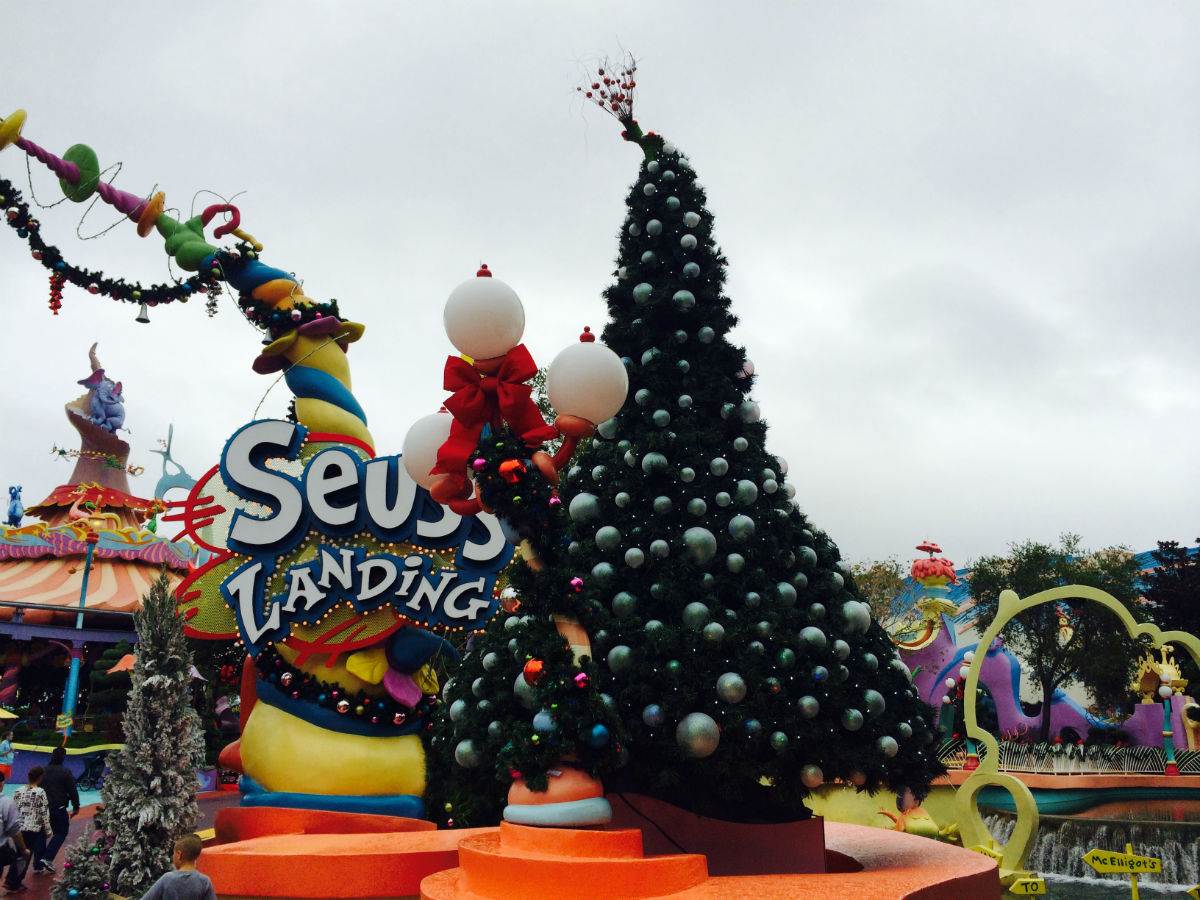 Observations From The Universal Orlando Resort Grinchmas
