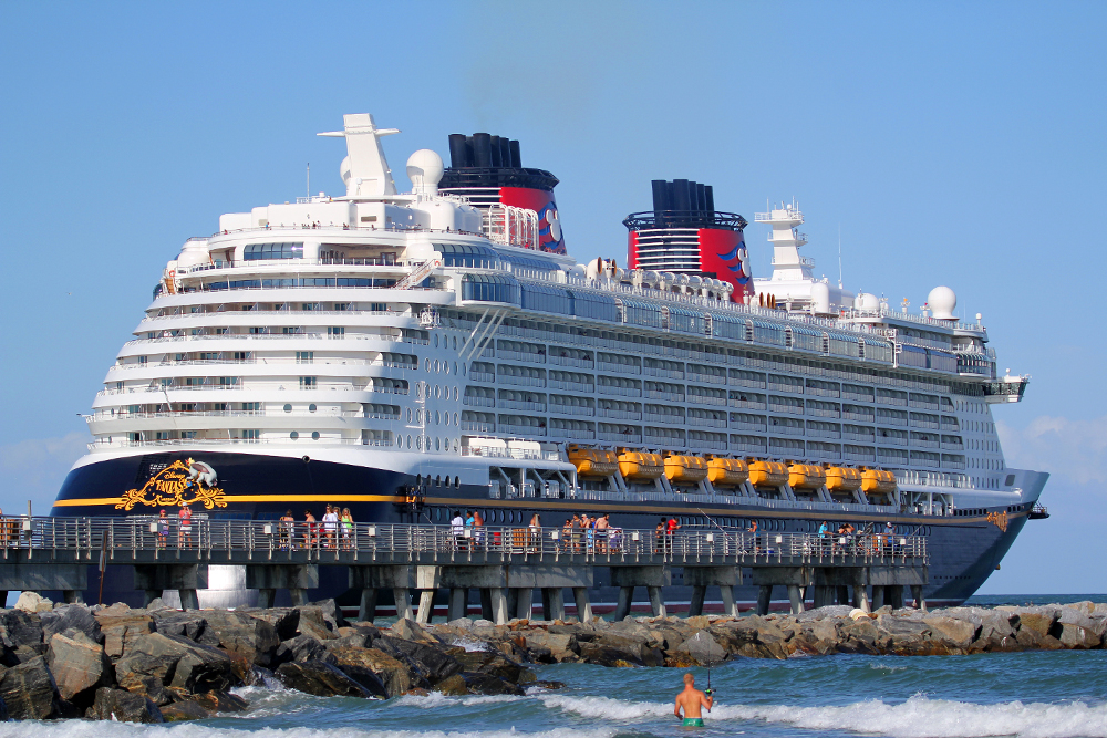 Hotels Near Disney Cruise Port Canaveral